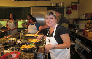 Chef Linda_SurLaTable 2012 310x200